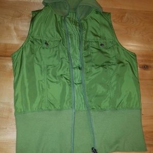 Columbia reversible Vest small Green